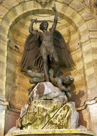 the fountain with angels: Paris - Saint Michael fountain