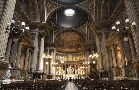 madeleine: Paris - interior of Madeleine church