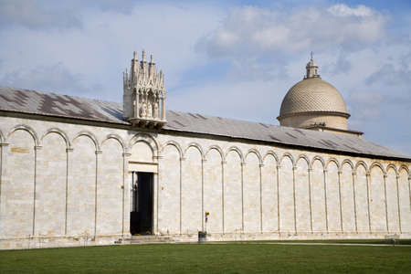 santo:  Pisa - campo santo Editorial