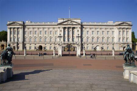 London - Budkingham palace Stock Photo - 15625760