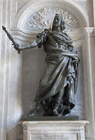 vestibule: ROME - MARCH 22  Statue of king Philip IV from vestibule of Basilica di Santa Maria Maggiore on March 22, 2012 in Rome