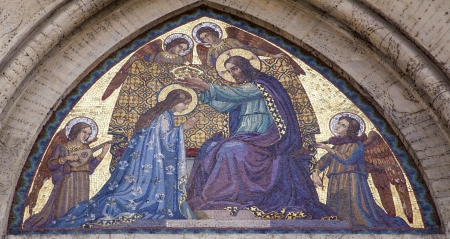 holy mary: Rome - Mosaic of Jesus Christ and coronation of holy Mary from facade