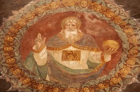creador: BERGAMO - 26 de enero de Dios el Creador formulario fresco iglesia Michele al Pozzo Bianco Fresco en el �bside por Giovani Battista Guarinoni d Editorial