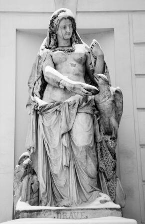 drava:  Vienna - mythology statue of river Drava by Palm house