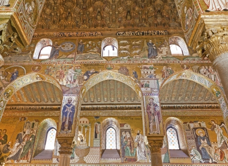 cappella: PALERMO - APRIL 8  Mosaic of Cappella Palatina - Palatine Chapel in Norman palace in style of Byzantine architecture from years 1132 - 1170 on April 8, 2013 in Palermo, Italy