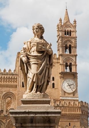 olivia: Palermo - Statue of Santa Olivia for the Dom