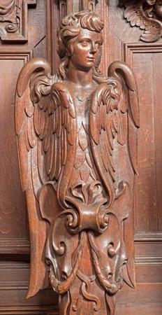 st charles: Anversa, Belgio - 5 settembre cherubino scolpito nella chiesa di San Carlo Borromeo il 5 settembre 2013 ad Anversa, in Belgio Editoriali