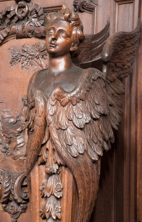 st charles: Anversa, Belgio - 5 settembre: Scolpito cherubino nella chiesa di San Carlo Borromeo il 5 settembre 2013 ad Anversa, in Belgio Editoriali
