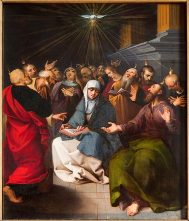 ANTWERP, BELGIUM - SEPTEMBER 4: Paint of Pentecost scene from cathedral on September 5, 2013 in Antwerp, Belgium Imagens - 25091407