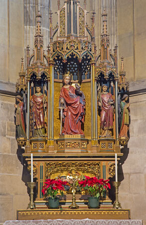 katherine: VIENNA, AUSTRIA - FEBRUARY 17, 2014: Gothic carved altar in st. Katherine chapel in St. Stephens cathedral or Stephansdom.