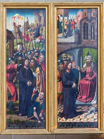 betray: VIENA, Austria - 17 de febrero 2014: Traicionar de Jes�s panel, como detalle de g�tico tallado alas altar en la Iglesia de la Orden Teut�nica o Deutschordenkirche del a�o 1520 principalmente de Mechelen.