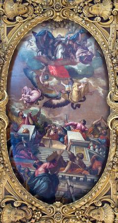 cappella: VENECIA, Italia - 12 de marzo 2014: Techo de Cappella della SS. Vergine del Rosario de 17. Ciento. en la Bas�lica di San Giovanni e Paolo.