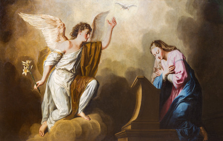 VIENNA, AUSTRIA - DECEMBER 17, 2014: The Annunciation paint in presbytery of Salesianerkirche church by Giovanni Antonio Pellegrini (1725-1727). 에디토리얼