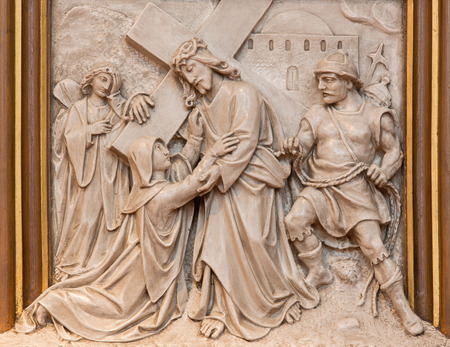 mary mother of jesus: VIENNA, AUSTRIA - DECEMBER 17, 2014: The Jesus meet his mother relief as one part of Cross way cycle in Sacre Coeur church by R. Haas from end of 19. cent. Editorial