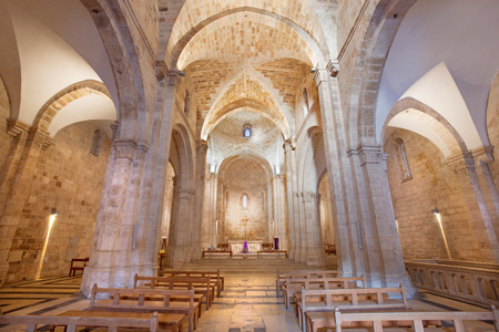 nave: Jerusalem - The gothic nave of St. Anne church