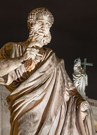 st peter s basilica: Rome  St. Peter s statue in front of Basilica di San Pietro Stock Photo