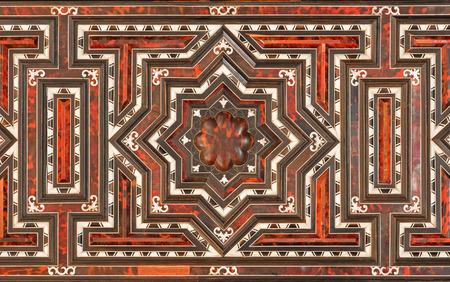 marqueteria: GRANADA, ESPA�A - 31 de mayo 2015: Detalle de la decoraci�n de muebles barrocos en la sacrist�a de la iglesia del Monasterio de la Cartuja por cartujo J. Manuel V�zquez de 18. ciento.