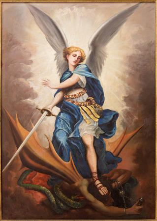 satanas: TEL AVIV, Israel - 02 de marzo 2015: La pintura del arcángel Michael de st. Iglesia Peters en Jaffa por P. Zalarn desde finales del 19. ciento. Editorial