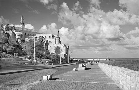 jafo: TEL AVIV, ISRAEL - MARCH 2, 2015: The waterfront under old Jaffa in Tel Aviv in morning.