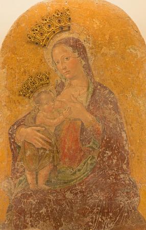 bambino: ROME, ITALY - MARCH 26, 2015: The Fresco Madonna del latte col bambino Jesu by Antoniazzo Romano from 13. cent. in church Chiesa di Santa Maria Annunziata.
