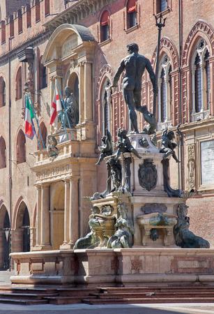 neptuno: Bolonia - Fontana di Nettuno o fuente de Neptuno en la Piazza Maggiore