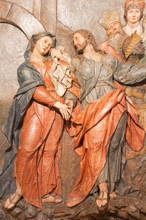 mary mother of jesus: BANSKA STIAVNICA, SLOVAKIA - FEBRUARY 5, 2015: The detail of carved relief Jesus says farewell to his mother as the part of baroque Calvary from years 1744 - 1751 by Dionyz Stanetti. Editorial