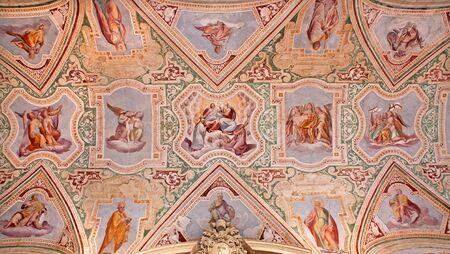 vestibule: Rome - The ceiling fresco of vestibule in Basilica di San Giovanni in Laterano by  Giovan Battista Montano from 15. cent. of vestibule from Lateran basilica Stock Photo