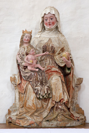 mary mother of jesus: NEUBERG AN DER MURZ, AUSTRIA - SEPTEMBER 13, 2015: The carved polychrome statue of St. Ann from 17. cent in Dom of Neuberg. Editorial