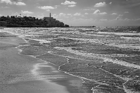 jafo: The beach of Tel Aviv and Jaffa in the backgroud