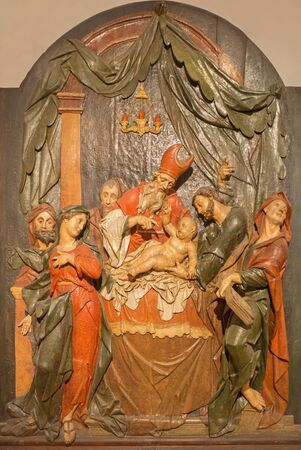 mary mother of jesus: BANSKA STIAVNICA, SLOVAKIA - FEBRUARY 5, 2015: The detail of carved statue of Presentation in the Temple as the part of baroque Calvary from years 1744 - 1751. Editorial