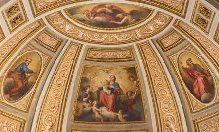 madre e hijos: ROME, ITALY - MARCH 26, 2015: The fresco of Madonna, St. Peter, St, Paul, and the God the Creator in side apse of church Chiesa di San Marino ai Monti by unknown artist from 16. cent. Editorial