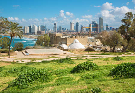 jafo: TEL AVIV, ISRAEL - MARCH 2, 2015: The outlook to waterfront and city from Gan HaPisga Summit Garden in old Jaffa.