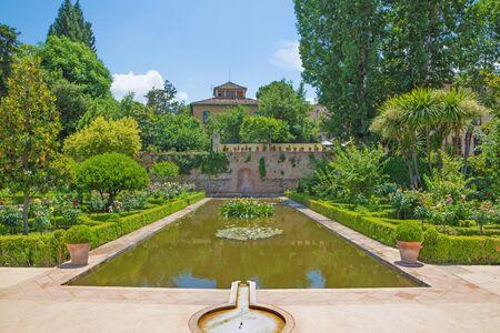 granada: Granada - The Gardens of Alhambra palace