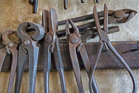 almeja: Las herramientas de la fragua