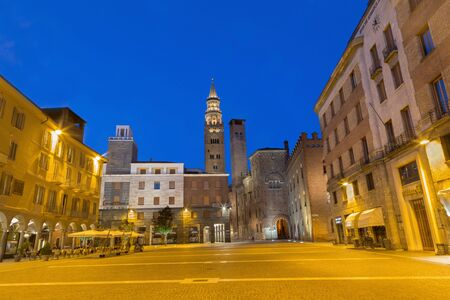 cavour: CREMONA, ITALY - MAY 24, 2016: The Piazza Cavour square at dusk.