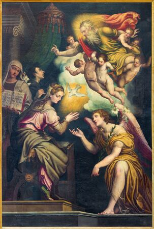 angel gabriel: CREMONA, ITALY - MAY 24, 2016: The Annunciation paint in Chiesa di San Agostino by Giulio Campi (circa 1571). Editorial