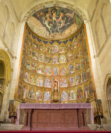 new testament: SALAMANCA, SPAIN, APRIL - 16, 2016: The gothic main altar of Old Cathedral (Catedral Vieja) by Dello and Nicolas Delli (1430-1450).