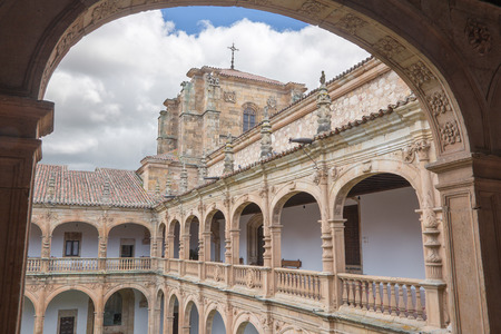 SALAMANCA, SPAIN, APRIL - 17, 2016:  The renaissance-baroque atrium of Colegio Arzobispo Fonseca. Editorial