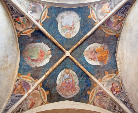 cappella: BRESCIA, ITALY - MAY 23, 2016: The ceiling fresco of Four Evangelists and Doctors of the Latin Church in church Chiesa di Santa Maria del Carmine (cappella Averoldi) by Vincenzo Foppa (1477 - 1510) Editorial