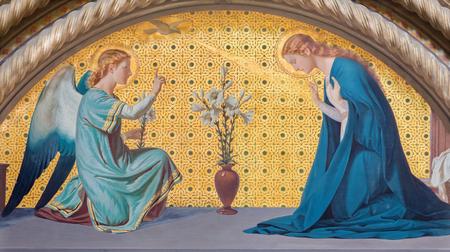 TURIJN, ITALIË - MAART 15, 2017: De fresko van Aankondiging in kerk Chiesa Di San Dalmazzo door Luigi Guglielmino (1916). Redactioneel