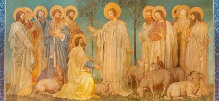 LONDEN, GROOT-BRITTANNIË - SEPTEMBER 19, 2017: Het fresco van scène voedt mijn schapen - Jesus geeft de macht aan St. Peter in kerk St. Mary Abbots door John Clayton jnr. (einde van 19. cent.) Redactioneel