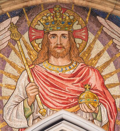 LONDON, GREAT BRITAIN - SEPTEMBER 19, 2017: The mosaic of Jesus the King in church St Stephen's Rochester Row by Angela Tennant (1904). Reklamní fotografie - 94092455