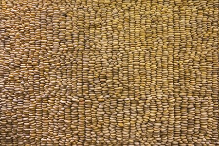 The structure of decorative gravel wall.