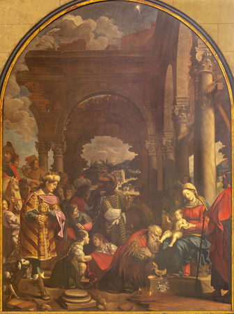 COMO, ITALY - MAY 8, 2015: The painting Adoration of the Magi in Duomo. 報道画像