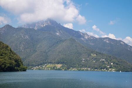 The lake Lago di Ledro among the Alps in the Trentino district . Stockfoto - 150296679