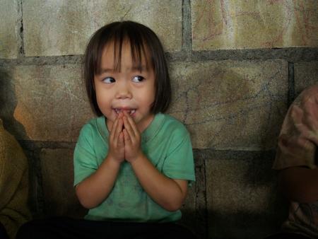 bambini poveri: CHIANG MAI, Thailandia - 2 ottobre I bambini poveri in campagna il 02 ottobre 2009 a Chiang Mai, Thailandia