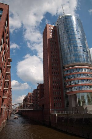 ccedil: Port of Hamburg 2012 - Columbus House and Warehouse District