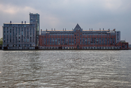 Amsterdam, Silodam, look at the warehouse and silo on the north bank of the Ij, seen from the water