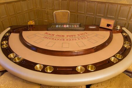 pokers: gold card-table waits for gamers