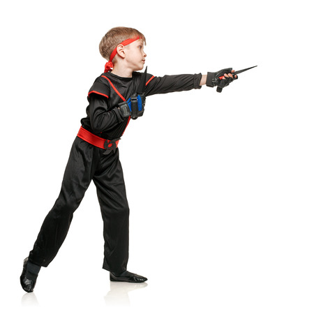 throwing knife: Little boy fighting